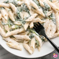 Top 10 Alfredo Recipes For At-Home Dinners